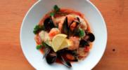 Томатний суп з морепродуктами – легко готувати, смачно їсти